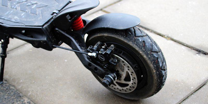 Kaabo Mantis hydraulic e-scooter brakes