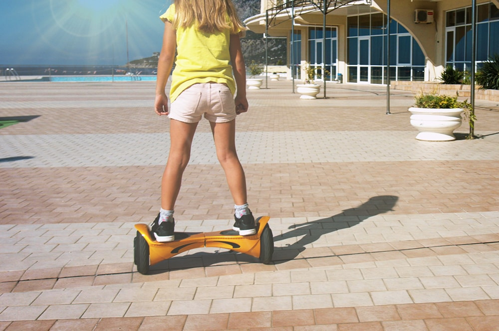 best hoverboards for kids guide thumbnail
