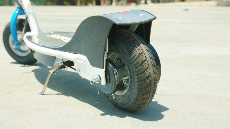 Razor E300 e-scooter