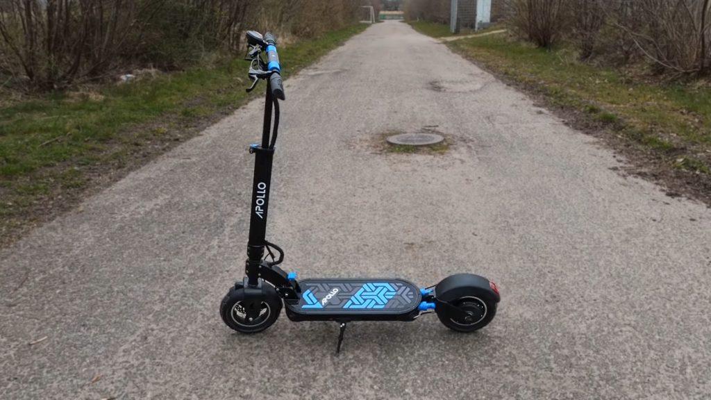 Apollo Explore electric scooter