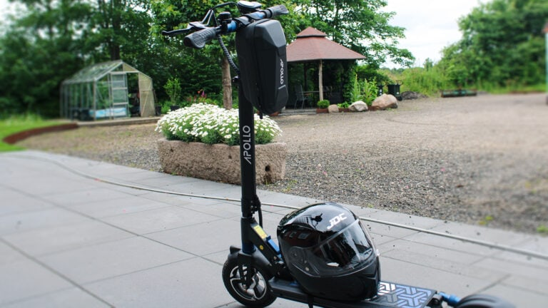 picture of electric scooter with accessories