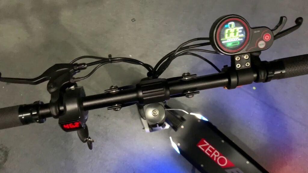 Zero 8X electric scooter display