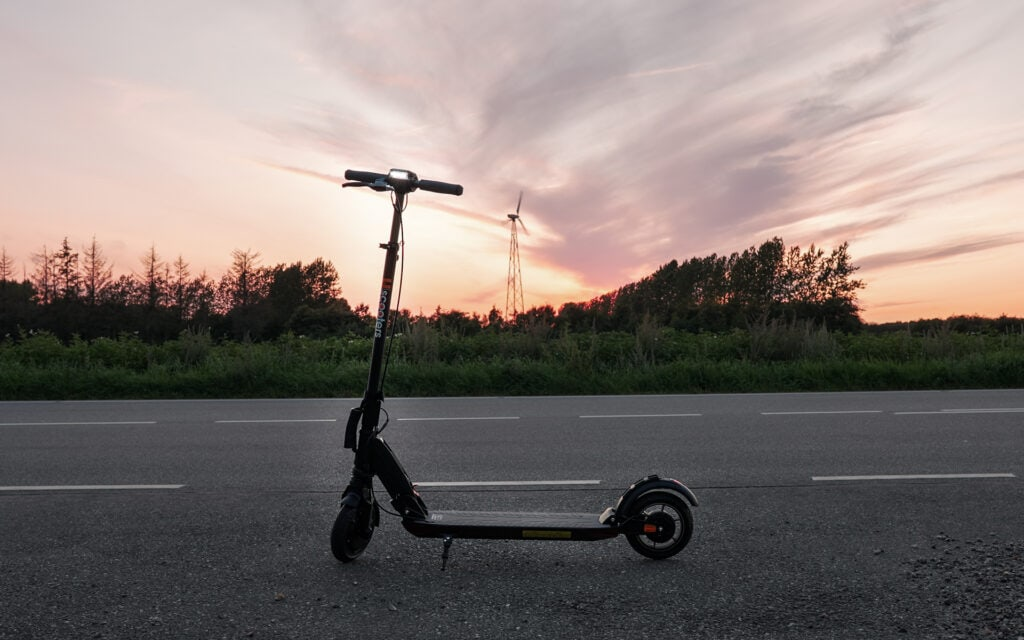 Uscooters GT SE powered by e-twow at sundown